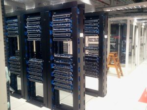 datacenter_servers_computers-1241325